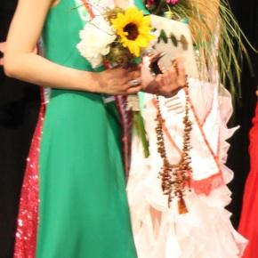 Kiki Szu-Yu Chen wins Miss Earth Edmonton 2014title