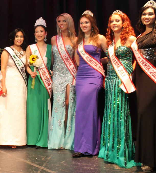 """Miss Earth Edmonton 2014 pageant director Myrhalyn Dela Rosa (extreme left) joins newly-crowned Miss Earth Edmonton Kiki Szu-Yu Chen, Miss Earth Alberta 2013 Chelsea Bird, Miss Air Alberta 2013 Samantha Fraughton, Miss Water Alberta 2013 Samantha Paradee and Miss Fire Alberta 2013 Heather Patrao (left-right) after the announcement of winners  of the Miss Earth Edmonton 2014 """"Beauty for a Cause"""" final, May 17, at the Royal Alberta Museum.(Photo by Moses Billacura/pinoy edmonton news)"""