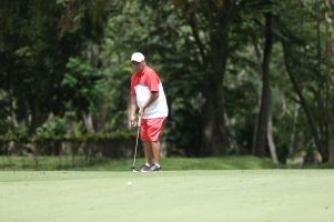 Eddie Bagtas at hole 12.